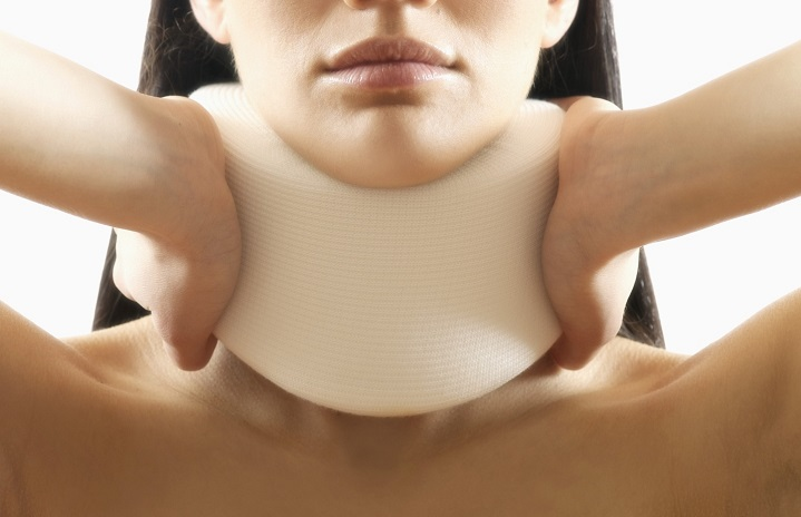 physiotherapy-neck-brace