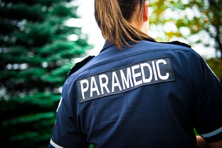 uniform of a paramedic