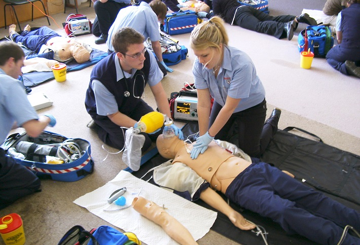 paramedics training