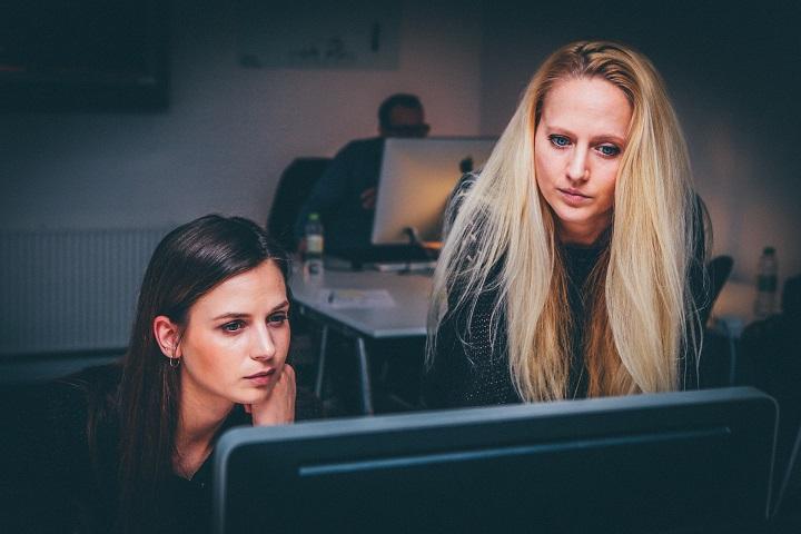 computer woman boss job leader