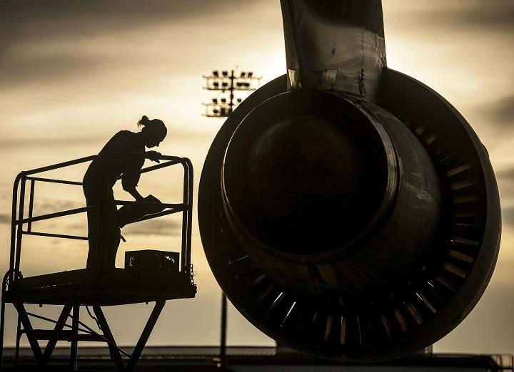 Do you want to be an Aeronautical Engineer? | Job Mail Blog