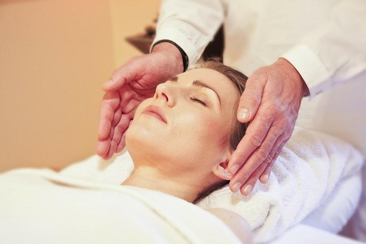 face treatment wellness beauty therapist jobs