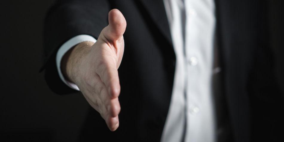 Be A Better Car Salesman | Job Mail