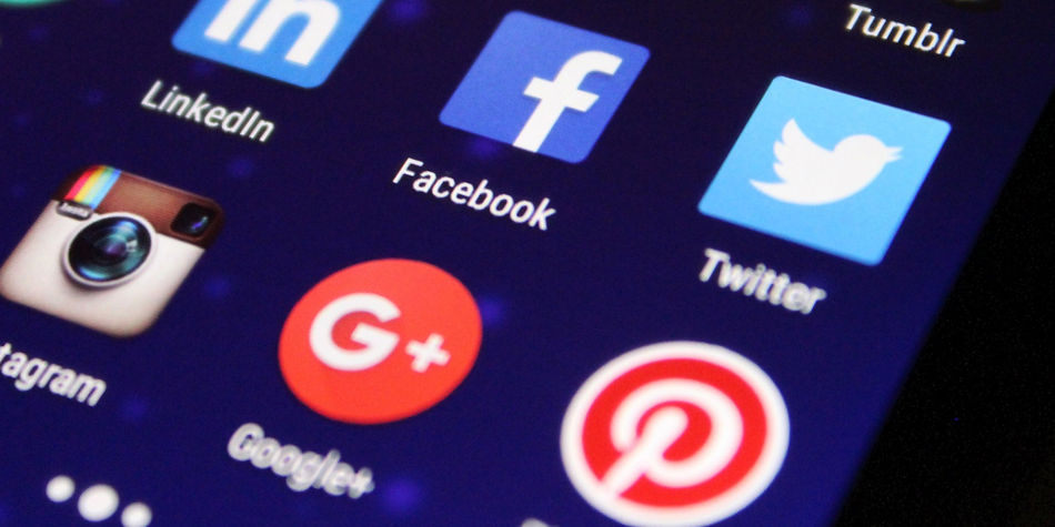 Keep Your Social Media Profiles Clean | Job Searching | Job Mail