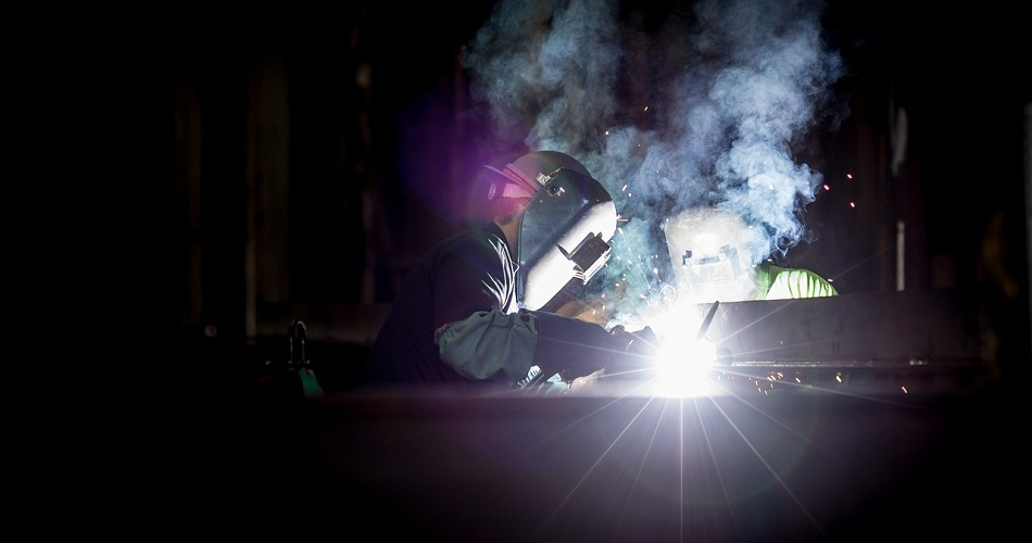 What To Study To Become A Welder | Job Mail
